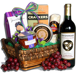 The Romantic Date Wine Gift Basket