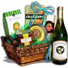 St Patricks Day Treasures Wine Gift Basket
